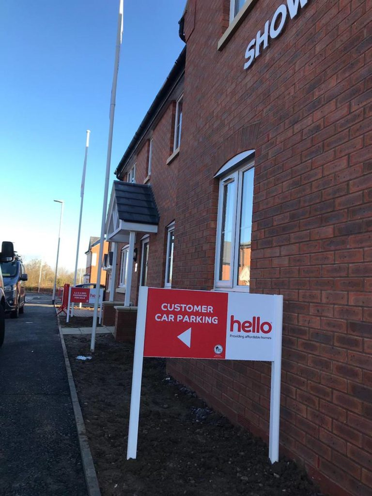 Sign Direct Leicester Single Post Signs Signage Solutions Hello Homes