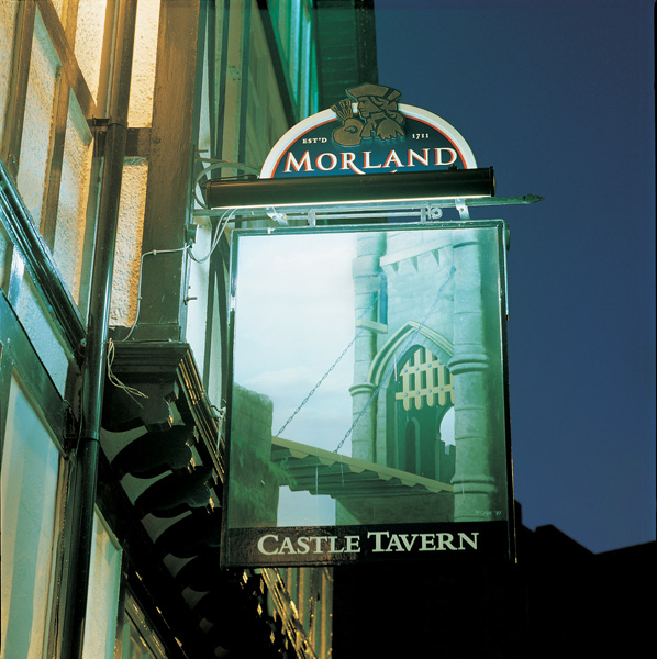 Sign Direct Leicester Signage Solutions Illuminated Sign Morland Castle Tavern