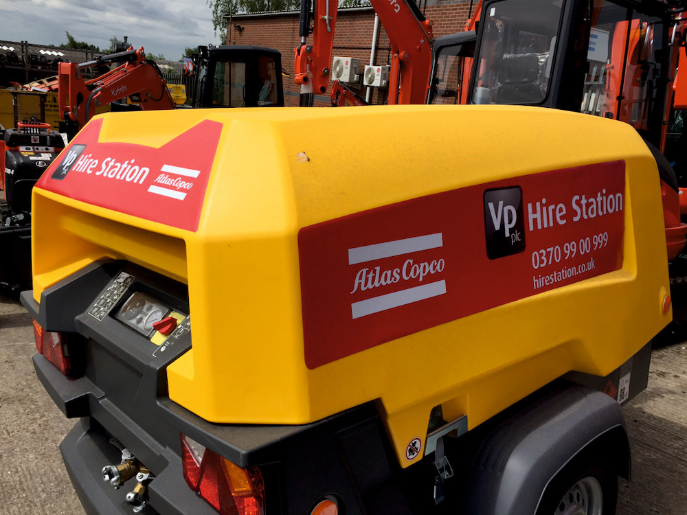 vp-plant-machinery-bespoke-graphics-sign-direct-signage-solutions-for-vehicles-leicester